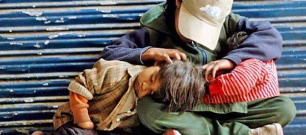 Bambini-poveri-620x350-600x264.jpg